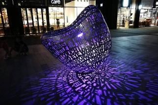 广场灯光雕塑2
